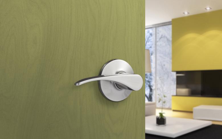 how-to-decor-a-door